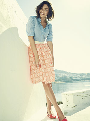 01-woman-pleated-skirt-Boden-spring-fashion-med